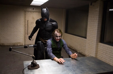 Justin Reviews: The Dark Knight